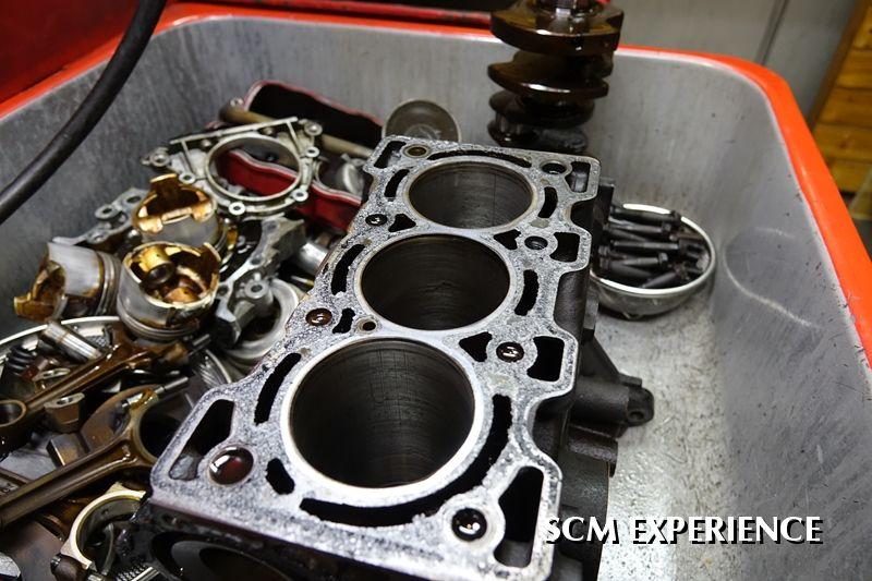 ジムニー JA11 エンジンオーバーホール F6A リビルトエンジン コンプリートエンジン